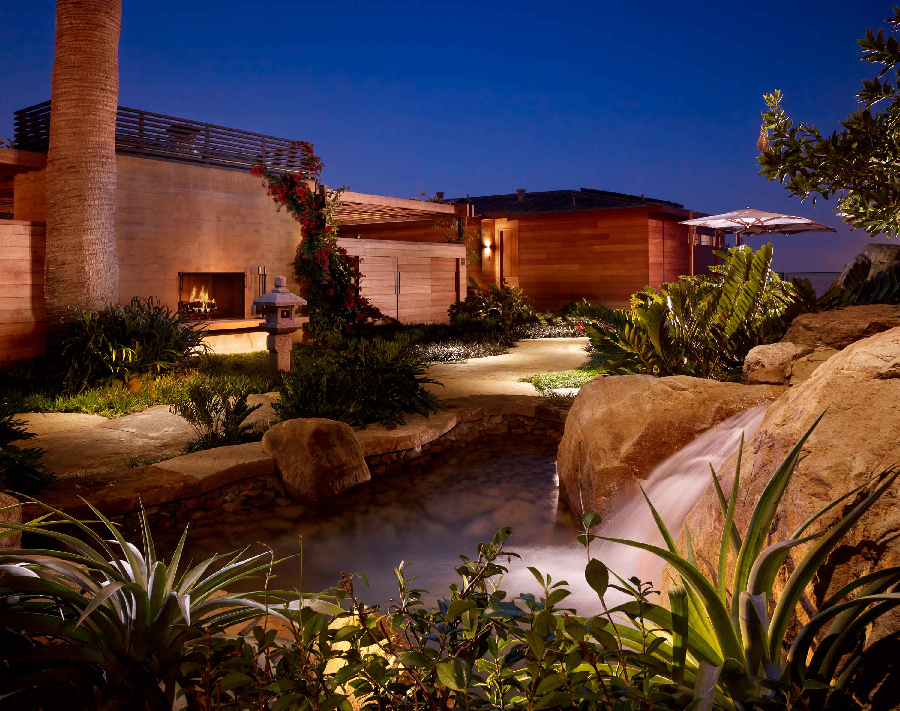 Evening shot of the courtyard at Nobu Ryokan Malibu